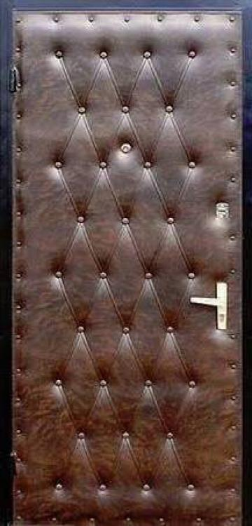 Обивка двери металлической